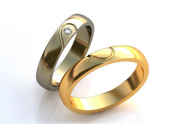Парные обручальные кольца Говорят, что обручальные кольца должны быть такими же гладкими и ровными